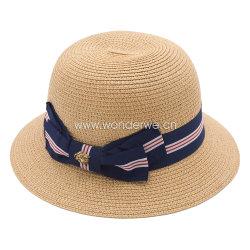 短い縁が付いている熱い販売のラクダカラー紙ひものバケツの麦わら帽子