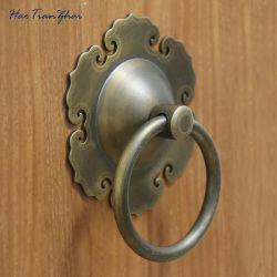 Maniglia classica del cancello dorato della mobilia antica cinque del battente del rame del portello