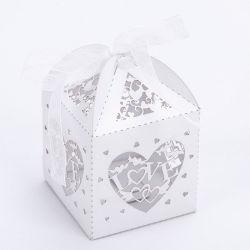 De laser sneed de Holle Dozen van het Suikergoed van de Giften van de Doos van de Gunsten van het Hart van de Liefde met de Levering van de Partij van de Gebeurtenis van het Huwelijk van de Douche van de Baby van het Lint