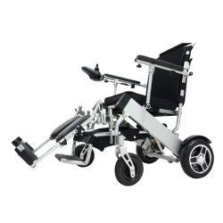 Sedia a rotelle piegante autoalimentata corsa con la batteria di litio