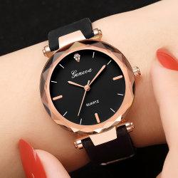 Hot vender Nueva marca de lujo Ginebra Watch Relojes de mujer vestidos de cuarzo de sílice señoras Relogio Feminino impermeable reloj de pulsera