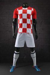 2018 Uniformen van het Voetbal van het Huis van Kroatië de Rode en Witte