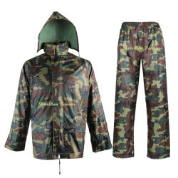 Poliéster OEM/PVC Camouflage Raincoat jaqueta de chuva com as calças para homens