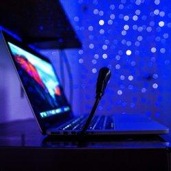 Report sur 5V Stars des lumières laser de projection avec USB