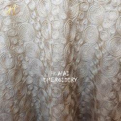 Shaoxingは長方形のアイボリー結婚式の装飾のためのロープによって浮彫りにされたテーブル掛けの麻布を刺繍した