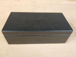 贅沢な革木のペンボックスかペンの箱