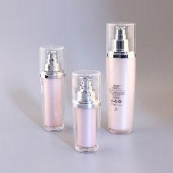 50mlの100ml Refiiedのプラスチックのための楕円形の形の化粧品の血清の空気のないびんは摩耗のパッケージを構成する