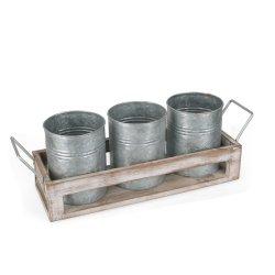 Plaque en bois avec 3 petits semoir en métal