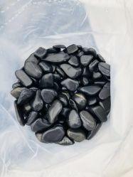 الصين رخيصة حديقة زخرفة أسود يصقل حصاة حجارة