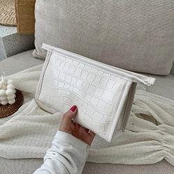 PU personalizada maquillaje maquillaje de viajes Bolsa de cosméticos Bolsa de Cereales de cuero de cocodrilo PU Vegan cosméticos Bolsa Bolsa de aseo impermeable