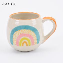 高品質の石器の手塗りの円形のハンドルの陶磁器のマグ