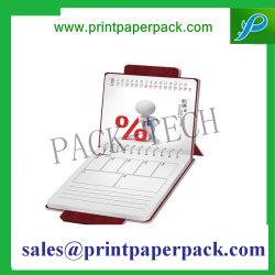 Estilo personalizado impreso en papel y material de cubierta calendario de escritorio