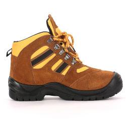 労働者のためのスエードの本革作業靴の安全靴