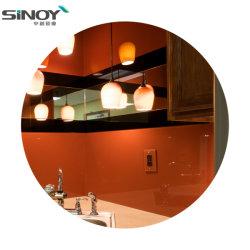 中国の工場熱い販売は台所および居間のための着色されたガラス壁を塗った