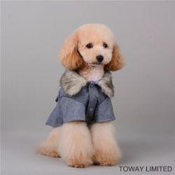 Vestiti di corallo reali del cane di inverno del cappotto dell'animale domestico del velluto di Wollen