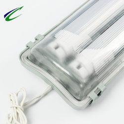 Voyant LED Triproof Agencements avec deux tubes lumière étanche bureau Entrepôt de stockage de supermarchés couloirs voiture Parcs d'éclairage LED de lumière