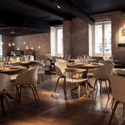 Hotel Restaurante silla de comedor de madera maciza de silla y mesa