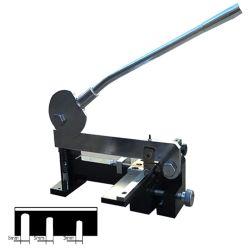 La macchina per forare manuale della macchina del metallo per la riga in acciaio muore fare