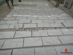 Matériau de construction en pierre naturelle poli blanc/noir/gris pour le sol en marbre/mur/plans de travail/table/cuisine/salle de bains/tuiles/brames ou contexte/couvrant/gaine optique