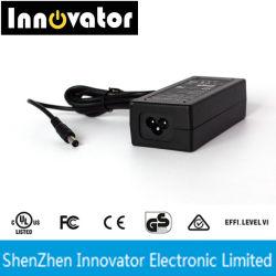 12V 5A 60W de eficiencia energética de tipo escritorio Fuente de Alimentación Adaptador de cable de CA con UE Nosotros RU OEM C6 C8 C14 Socket certificada por CE UL FCC