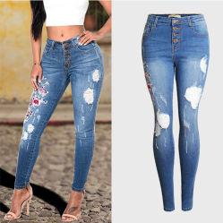 Nouveau design de mode coton brodé Stretch jeans déchirés Denim Jeans Pantalons de femmes