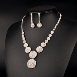 Grosse Diamant-Form-Liebes-Brauthochzeits-Halsketten-Ohrring-Schmucksache-Set für Partei-Luxuxkleid-Zubehör