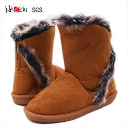 Commerce de gros de la mode neige dernière conception Femmes chaussures d'hiver