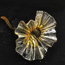 Il fiore fatto a mano con il gambo per il progetto dell'hotel illumina il paralume di vetro decorativo