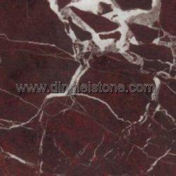 Rosso Lepantoの大理石