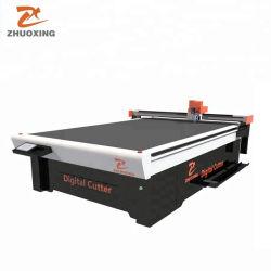 التكلفة بفاعليةأحدث شفرات CNC المتأرجحة طاولة قطع CNC لصناديق الكرتون إنتاج مع شفرات متأرجحة، على شكل V