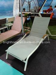 티크 목제 팔걸이 옥외 Sunbed 바닷가 침대 옥외 로비를 가진 Textilene 침대 겸용 소파