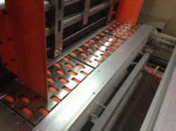 Carton de la machinerie de la Chine meurent d'impression flexo automatique Machine d'emballage de coupe