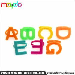 Commerce de gros petit jouet en plastique Bague Mini lettres Kids Play House Cadeaux Jouets