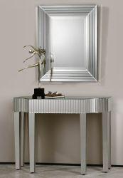 Specchio della parete di rettangolo ed insieme semplice della Tabella dei 4 piedini