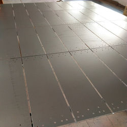 Folha de aço com orifícios de perfuração usar como o resguardo da máquina