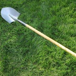 À long manche en bois Sharp pelle en acier pour l'agriculture