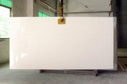 China Misty Look de mármol blanco artificial diseñado encimeras de cocina hecha por el hombre de piedra de cuarzo