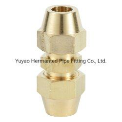 黄銅または管またはホースフィッティングの接続の火炎信号の接合箇所の火炎信号のナット連合