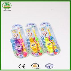 Toothbrush orale di cura dei bambini di nylon della setola di premio 610 con i giocattoli liberi