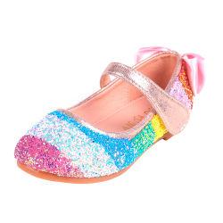 Дети обувь девочек принцессы обувь детей повседневная обувь Блестящие цветные лаки кожаные носовой части алмазов Rainbow пайетками сандалии партии платье свадебный танец мода обувь Esg14032