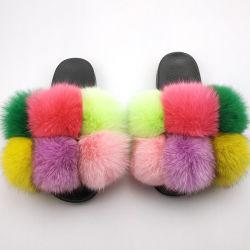 Os slides de peles POM POM peludo mulheres chinelos de peles de raposa Flip-flop Real Flat de peles macias Ball Sandals Senhoras Bonitinha Rainbow sapatos de peles com pêlo
