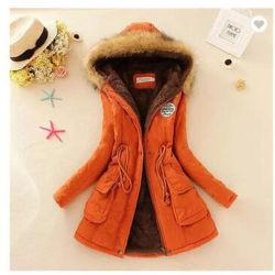 Les femmes Parka occasionnel enduire avec le capot de l'automne hiver Veste militaire des manteaux de fourrure de l'hiver et Manteaux Vestes R0908