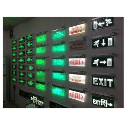 [بتّري بكوب] جدار يعلى [أبس] اللون الأخضر [لد] [إمرجنسي ينديكتور ليغت] لأنّ [فير إكسيت]