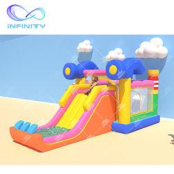 새로운 도착 팽창식 아이스크림 바운스 하우스 불팽창식 슬라이드 점프 캐슬 뒤뜰의 아이들을 위한 경비원