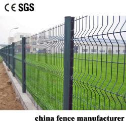 L'anti PVC del taglio di anti ascensione ha ricoperto la rete fissa saldata l'alta sicurezza dell'azienda agricola della rete metallica del triangolo