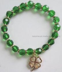 De manier die het ImitatieGoud van Juwelen charmeren plateerde een Blad van een Armband van de Klaver van Vier Blad