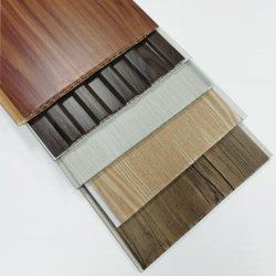 PVC 틀린 천장 벽 널 및 PVC 위원회는 폭 200mm/250mm/300mm/400mm 박판으로 만들어진 3D 천장을 내화장치한다