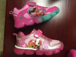 أزياء شعبية فتيات البنات بينك سبورت مريحة غير رسمية أحذية بالجملة أحذية الأطفال الحمراء فتاة