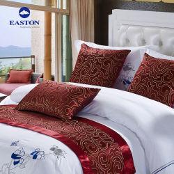 На заводе Гуанчжоу одеялом покрытия стеганых матрасов Custom жаккард 100% полиэстер отель кровати декоративные