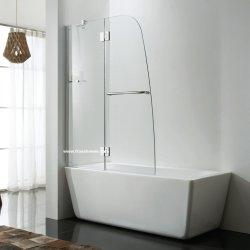 Schermo di acquazzone della cerniera sulla vasca di bagno